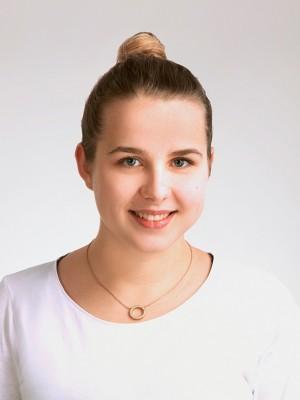 Dr. Veronika Smarikova